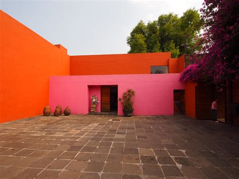 luis barragan house colors of luis barrag 225 n thecleaninglab