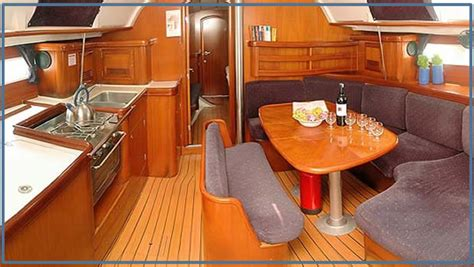 interni barche a vela vacanze in barca a vela con skipper corsica