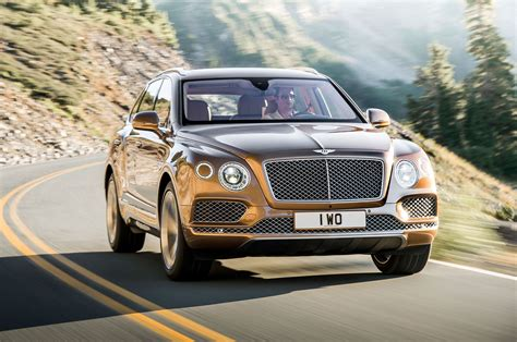bentley suv 2017 bentley reveals 2017 bentayga suv in