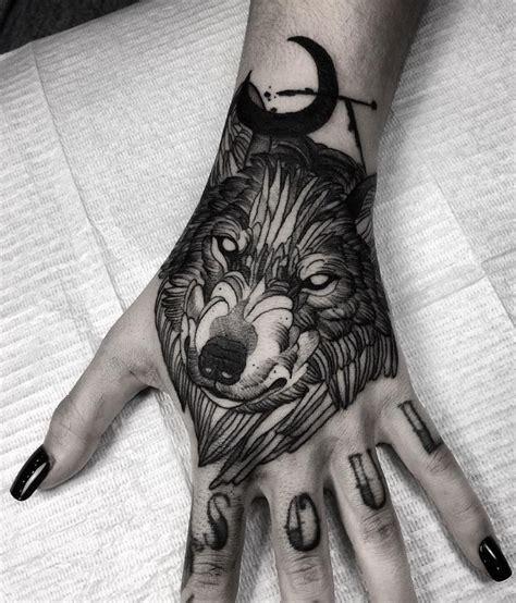 wolf hand tattoo wolf inkstylemag