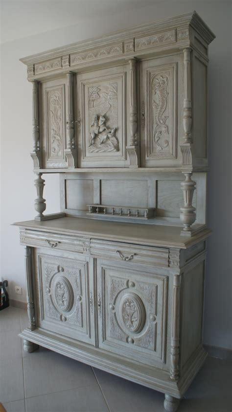 Patine à l'ancienne pour meuble à Trets: une renaissance
