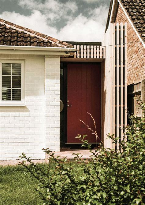 Statement Front Door Homebuilding Renovating Statement Front Doors