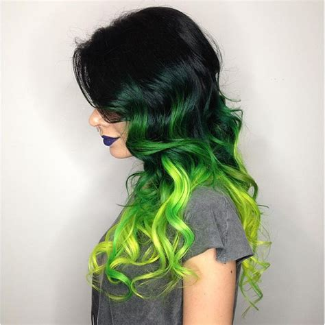 hair shadowing dark purple green and blonde on top brown on bottom top 25 green ombre hair colors hair colors ideas