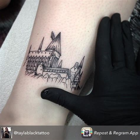 hogwarts tattoo 1000 ideas about test on penguin