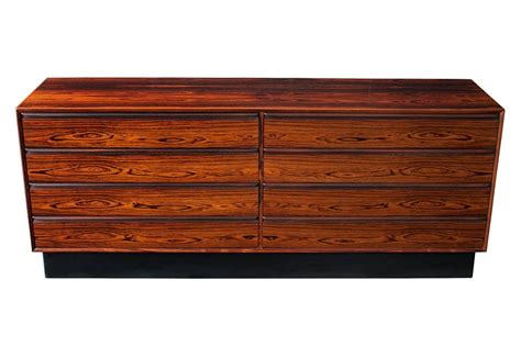 eight drawer dresser rosewood long eight drawer dresser by westnofa at 1stdibs