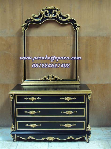 Meja Rias Palembang model meja rias ukir black gold pesenan ibu di palembang perabot jepara perabot jati