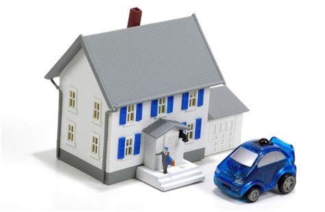 progressive house insurance allstate s esurance hopes bundling auto home coverages will separate it from geico