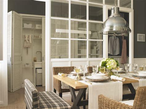 casa decor cocina con despensa y planchador de deulonder en casa