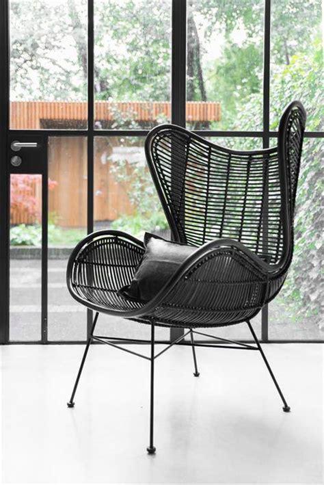 stuhl xenos fauteuil egg rotin noir hk living interiors