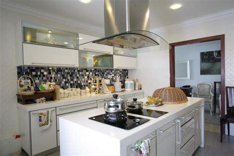 sleek kitchen design white sleek kitchen innova concept