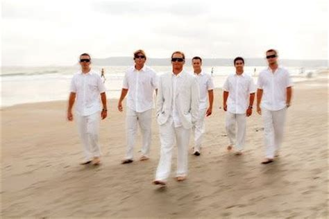 beach wedding guest attire men casual groom and groomsmen linen pants and jacket would