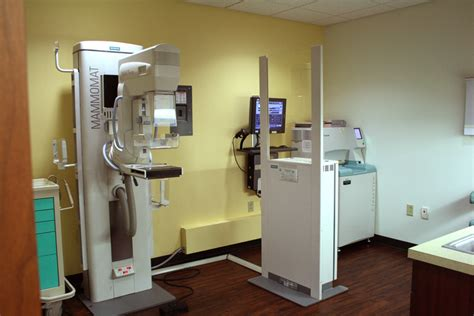 sentara emergency room sentara breast center mammography room 187 currin design