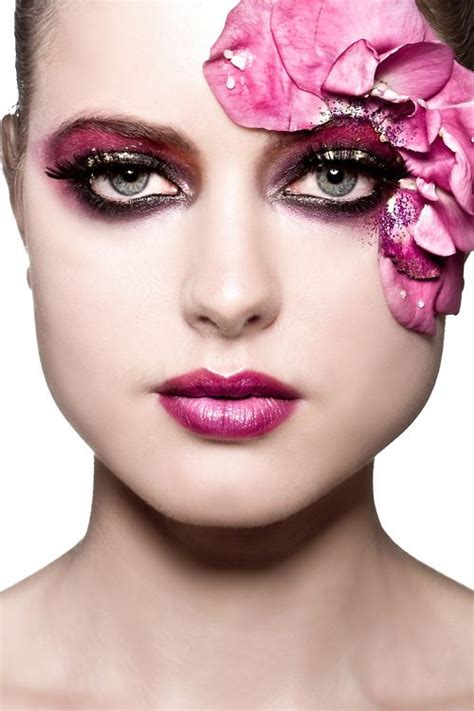 Eyeliner Flower 17 best images about moodboard flowery makeup on