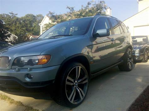 bmw staggered rims bmw x5 on 22 quot staggered x6m style wheels sweet