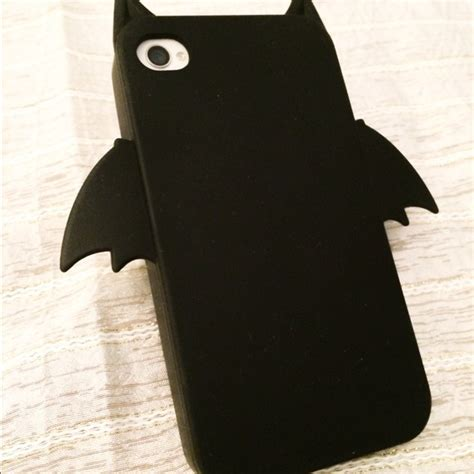 h m h m bat cell iphone 4 4s from salilo s closet on poshmark