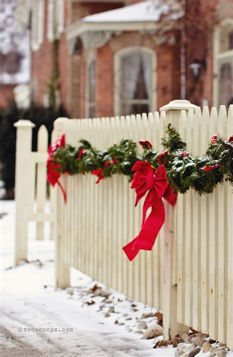 christmas decorations for fences 401 best images about the of on trees and