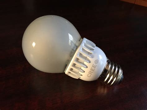 Led Light Bulbs For Home Reviews Review Cree 60w Led Light Bulb At Home In The Future