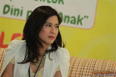 film layar lebar artis indonesia dian sastro kembali akting di film layar lebar merdeka com