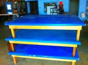 physical therapy tables amazon raised mat physical therapy table with blue padding