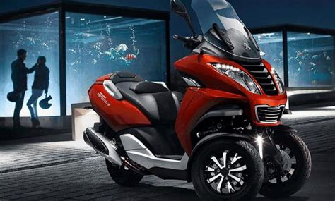 Elektro Motorrad Führerschein Klasse 3 by Peugeot Metropolis 400 Dreirad Roller F 252 R Autofahrer