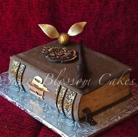 libro night of cake and cake wrecks home sunday sweets dragon con treats