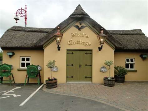 Cottage Bar And Restaurant by The Thatched Cottage Bar Restaurant Banquet Room Reviews