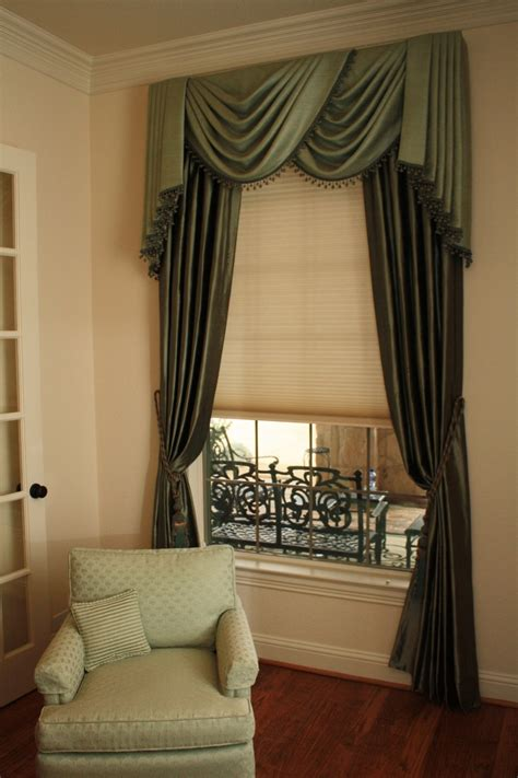 Swags And Cascades Curtains 61 Best Images About Cascades And Jabots On Pinterest Window Treatments Custom Blinds And