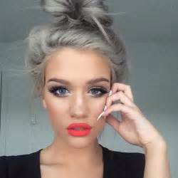 Gray Hair Fad | granny hair trend young women are dyeing their hair