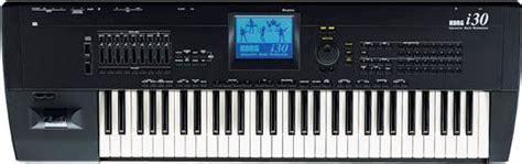 Keyboard Korg I30 korg i30 pictures