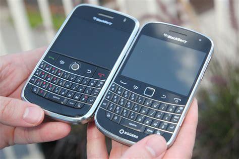 Soft Blackberry Dakota 9900 blackberry bold 9900 review crackberry