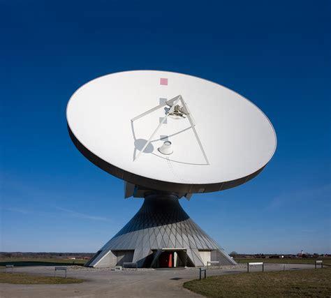 Antena Microwave file erdfunkstelle raisting 2 jpg