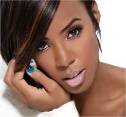 Kelly rowland admits she was envious of beyonc 233 on dirty laundry