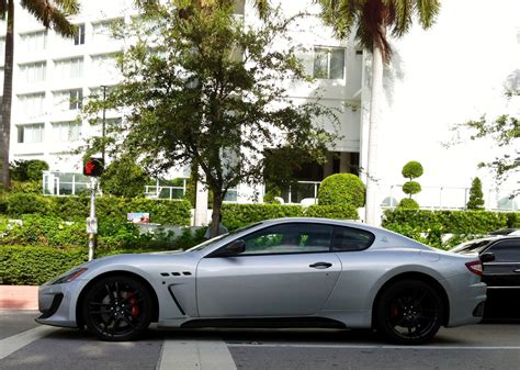 maserati granturismo white black rims 100 matte purple maserati rolls royce phantom coupe