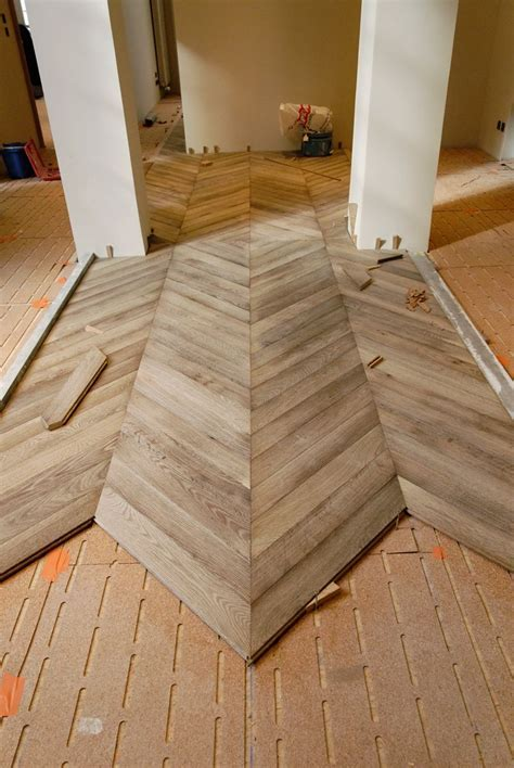 The finish of the floor gray leached was conducted in the