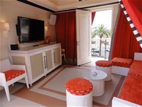 encore beach club couch encore beach club cabana bottle service vegas vip
