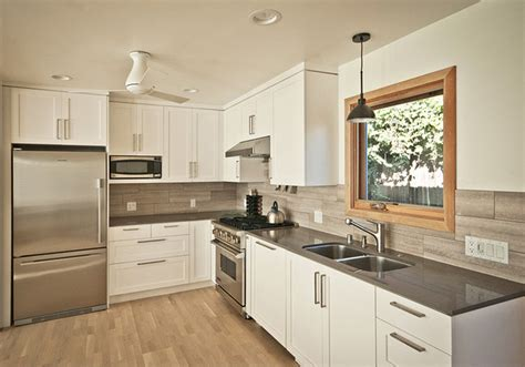 Cottage Kitchen Backsplash Ideas laguna beach cottage kitchen beach style kitchen