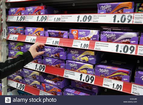 Dispenser Di Hypermart germany february 2015 shelves with a variety of milka chocolate stock photo royalty free