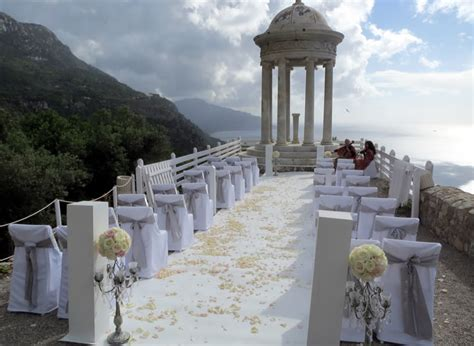 mymallorcawedding helps  find  church  venue