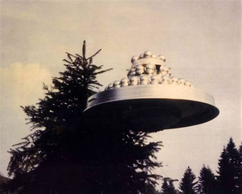 Wedding Cake Ufo Hoax by Beamships Busted Openminds Tv