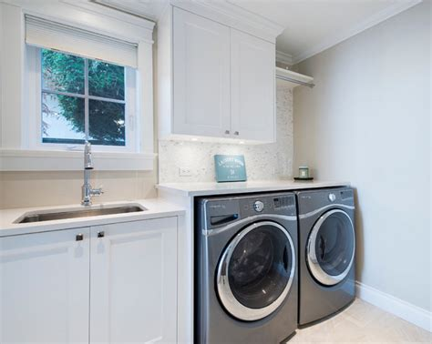 White Laundry Room Cabinets Interior Design Ideas Home Bunch Interior Design Ideas