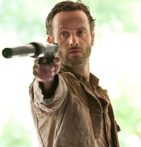 andrew lincoln rick grimes andrew lincoln deserves emmy award for the walking dead