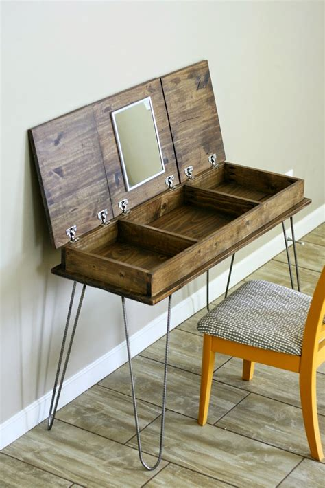 Diy Desk Vanity Diy Your Makeup Vanity In 16 Affordable Ways Makeup Vanities Vanities And Bedrooms