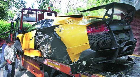 Lamborghini Murcielago Sv Price In India Lamborghini Murcielago Lp670 4 Sv Wrecked In Indian Hit