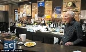 gold slipper dunlap iowa nauroth world s oldest bartender meet the still