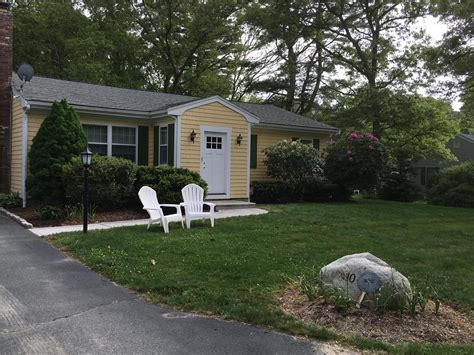 falmouth vacation rental home in cape cod ma 02556 1 2