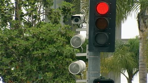 beverly hills red light camera beverly hills installing new red light cameras abc7 com
