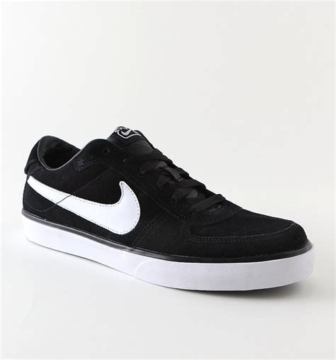nike sneaker boots mens nike mavrk low skate sneakers shoes s series