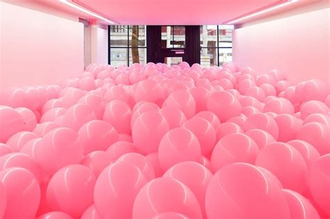 room filled with balloons balloon filled rooms turn adults into again my modern met
