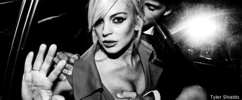 Lindsay Lohan Plays With Knives by Lindsay Lohan S New Shields Shoot Grab Bloody