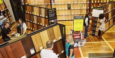 lumber liquidators opens  store    elk